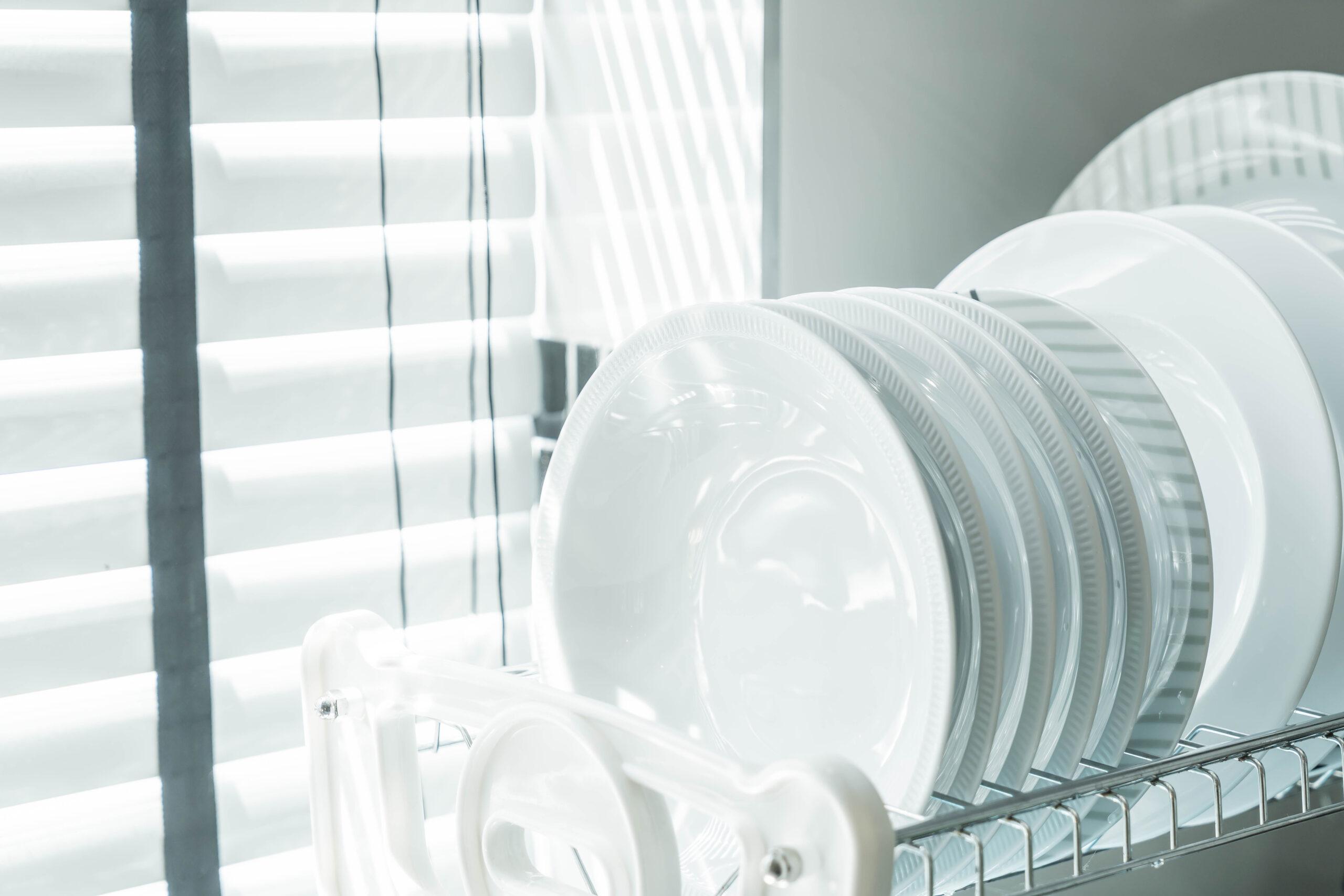 Cómo limpiar el lavavajillas adecuadamente para conservarlo mejor